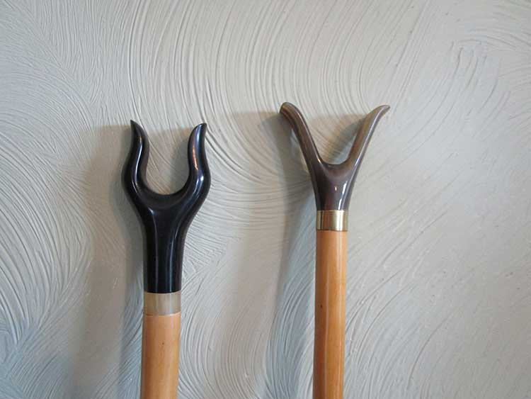 Black and coloured buffalo horn thumb sticks
